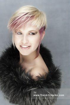 Die 66 Besten Bilder Von Kurzhaar Blond Pixie Cut Short Pixie Und