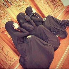 Beautiful Muslim Women, Beautiful Hijab, Hijabi Girl, Girl Hijab, Cute Girl Face, Cute Girl Photo, Cute Girl Poses, Girl Photo Poses, Niqab Fashion