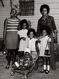 marley family portrait • 1973