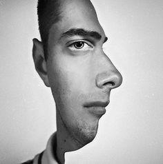 Face Position Optical Illusion