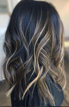 beautiful brunette balayage hair color
