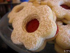עוגיות פרח ריבה ועוד כל מיני מתכוני עוגיות / צילום : ניקי ב