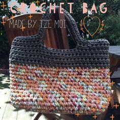 Связанная сумочка из трикотажной пряжи Crochet Bags, Bag Making, Tote Bag, Instagram Posts, Cute, Shirt, Crochet Purses, Purses, Dress Shirt