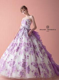 Wedding Dress With Veil, Wedding Dress Styles, Wedding Attire, Cute Prom Dresses, Pretty Dresses, Estilo Glamour, Frock For Women, Party Frocks, Princess Ball Gowns