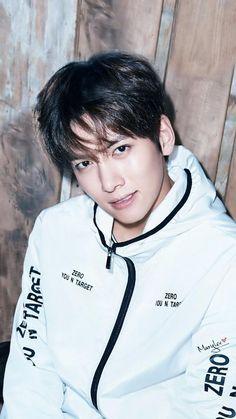 ❤❤ 지 창 욱 Ji Chang Wook ♡♡ why so handsome. Ji Chang Wook Abs, Ji Chang Wook Smile, Ji Chang Wook Healer, Ji Chan Wook, Korean Star, Korean Men, Asian Men, Asian Actors, Korean Actors