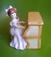Vintage Musical Figurine Lefton Girl and Piano #1666