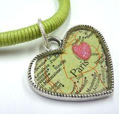 Resin Necklace, Resin Jewelry, Jewelry Crafts, Jewelry Art, Handmade Jewelry, Jewelry Design, Jewlery, Funky Jewelry, Gold Jewellery