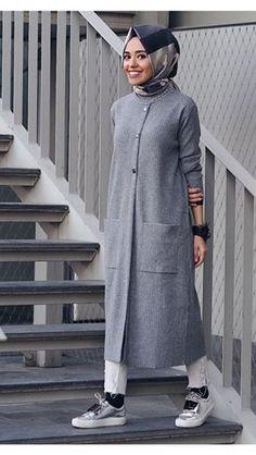 Hijab styles 379709812318977412 - Source by Islamic Fashion, Muslim Fashion, Modest Fashion, Fashion Outfits, Muslim Dress, Hijab Dress, Hijab Outfit, Modest Dresses, Modest Outfits