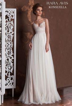 Свадебное платье в стиле 'ампир' с драпированным корсетом 'KONSUELLA' | Свадебный салон ROMANCE