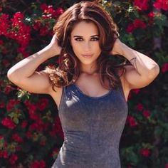 De California para las Redes Sociales, Tianna apostó por el modelaje para incendiar Instagram con sus curvas interminables.