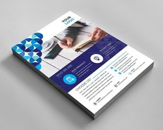 This corporate flyer is designed in Photoshop. All PSD files are very well organized flyer templates. Graphic Design Flyer, Flyer And Poster Design, Creative Flyer Design, Creative Flyers, Graphic Design Templates, Creative Business, Company Business Cards, Business Card Psd, Business Flyer Templates
