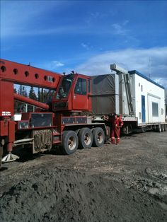 Heavy Duty Trucks, Big Rig Trucks, Oil Field, Heavy Equipment, Crane, Fields, Bears, Awesome, Pictures