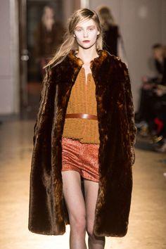 Rue du Mail (Martine Sitbon)  photos @ fashionmag.com