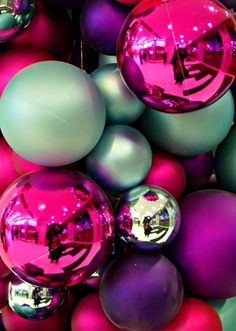 Cute Christmas ornaments wallpaper