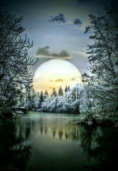 Best Pictures, Videos and Gifs Moon Pictures, Nature Pictures, Pretty Pictures, Beautiful Moon, Beautiful World, Beautiful Images, All Nature, Amazing Nature, Nature Water