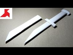 How to make a paper airplane [ paper airplanes ] or paper plane that flies. On this origami tutorial, I will show you step by step instructions of how to mak. Origami Knife, Origami Wallet, Easy Origami Dragon, Origami Easy, Make A Paper Airplane, Paper Plane, Shuriken, Origami Claws, Origami Weapons