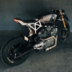 Custom Virago 'FENRIR' by JTEC Moto