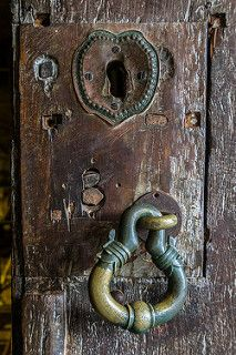 Door Lock and Knocker, Cave Two, Dambulla Cave Temple, Sri Lanka | by Peter Cook UK