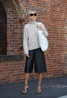 Every Head-Turning Street Style Look from New York Fashion W.- Every Head-Turning Street Style Look from New York Fashion Week Spring 2020 NYFW Street Style - Street Style Trends, New York Fashion Week Street Style, Nyfw Street Style, Looks Street Style, Spring Street Style, New York Street, Cullotes Street Style, Paris Street, Pinterest Mode