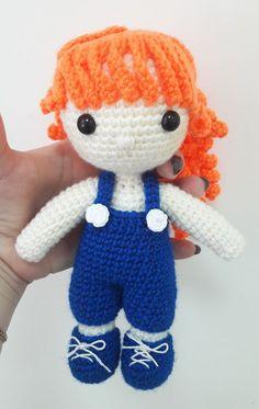 Julie doll amigurumi pattern - free crochet pattern