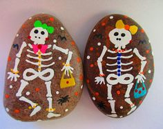Hand-painted Halloween rocks - SKELETON GIRLS and BOYS Acrylic paints, river rocks, matte finish Size : approx. - 3 inches Thank you! Pebble Painting, Pebble Art, Stone Painting, Pebble Mosaic, Pebble Beach, Stone Crafts, Rock Crafts, Halloween Rocks, Halloween Porch