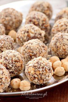 Chrupiące trufle orzechowo-czekoladowe - Fotokulinarnie Trufle, Cereal, Cookies, Breakfast, Food, Recipes, Crack Crackers, Morning Coffee, Biscuits