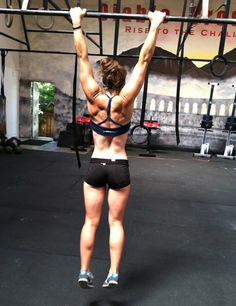 Girls Who Do Crossfit Tumblr. Obsessed! her back is so sexy... today is day two of CF i hope i start lookin like that :P