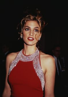 21 Incredible Vintage Photos of Cindy Crawford to Celebrate Her Retirement 90s Fashion, Fashion Models, Vintage Fashion, Womens Fashion, Cindy Crawford Photo, Cindy Crowford, Style Année 90, Original Supermodels, Magazine Mode