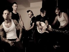 Dead by April Pop Punk, Death Metal, Music Is Life, Cool Bands, Music Artists, Black Men, Musicals, Journey, Rock