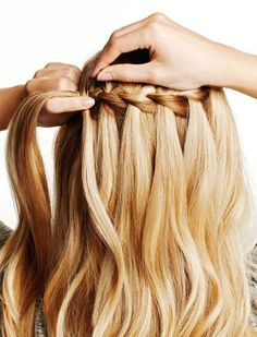 4 Tricks to Master the Waterfall Braid Braids are the LBD of beauty—they never go out of style; they just keep evolving. Elevate your style with this tutorial for how to make a waterfall braid. Pretty Hairstyles, Girl Hairstyles, Braided Hairstyles, Wedding Hairstyles, Great Hair, Hair Dos, Gorgeous Hair, Hair Hacks, Hair Inspiration