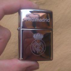 Zippo Rela Madrid  http://Mgrabados.com  #ZippoColombia #Zippo #Realmadrid #Real #Regalo #detalle #Grabados #Escudo #Colombia #Bogota