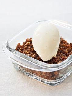 Dessert • Swedish food —  Apple cake Skane style with vanilla cream