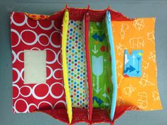 Sew Together Bag Sewalong Day 4 Today we will attach our side panels. Your 2 side panels should have pins in them from Day O. Sewing Hacks, Sewing Tutorials, Sewing Crafts, Free Tutorials, Sewing Patterns Free, Free Sewing, Bag Patterns, Quilting Projects, Sewing Projects