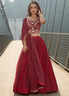 #maroon #embroidery #lehenga #choli #dupatta #indianwear #traditional #outfit #beautiful #bride #new #designer #collection #ootd #wedding #time #womenswear #online #shopping