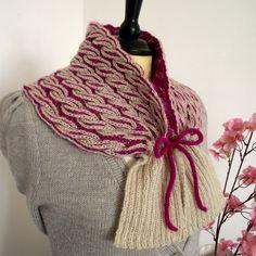 Thailand Cowl Knitti