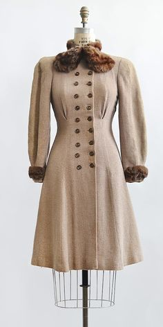 vintage 1930s light brown fur trimmed princess coat