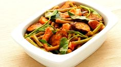 Adobong Gulay at Karne : A Filipino dish. Filipino Dishes, Filipino Food, Filipino Recipes, Vegetable Dishes, Vegetable Recipes, Del Monte Recipes, Sausage Casserole, National Dish