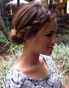 Coiffure facile pour cheveux courts - 50 coiffures faciles et rapides  - Elle