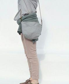 Susana bag in grey color. Bags and accesories handmade from Barcelona. www.berinka.bigcartel.con Instagram - berinkabags