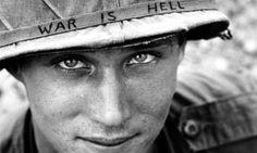 Guerra civile in Ucraina - Frasi, citazioni e aforismi sulla guerra.  Più l'uomo perfeziona le sue armi e più queste avranno buon gioco a distruggerlo.   (Guido Rojetti)