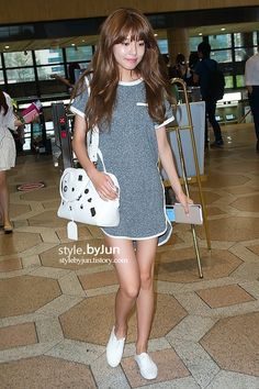snsd sooyoung airport fashion simple and chic Snsd Airport Fashion, Snsd Fashion, Korean Fashion, Girl Fashion, Korean Celebrities, Celebs, Sooyoung Snsd, Instyle Magazine, Cosmopolitan Magazine