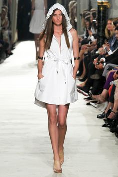 Alexis Mabille Spring 2015 Ready-to-Wear Fashion Show