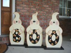 wood+craft+halloween | This ghost trio looks great on the front porch or on the front steps ...