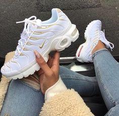 Tenis nike air max, nike air max plus, nike plus shoes, nike air max tn, wo Nike Air Max Ltd, Nike Plus Shoes, Nike Free Shoes, Sneakers Mode, White Sneakers, Sneakers Fashion, White Converse, Converse Shoes, Adidas Shoes