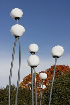 Фонари, Kristinebergs Slottspark,Стокгольм. Дизайн: Front #фонари #архитектура #ландшафтныйдизайн #landscapedesign