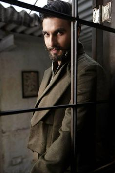 Ranveer Singh!!! How hot!!!!