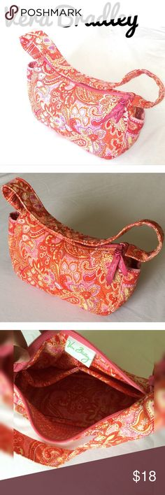 🎉  SALE ❤️ Vera Bradley Purse Super Cute Vera Bradley Sherbet Purse. 😍Perfect Summer or Spring Bag for those days when you just want to carry the necessities and still look stylish. In loved condition. Vera Bradley Bags