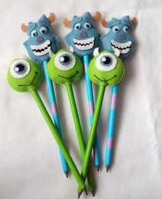 Cute Crafts, Felt Crafts, Diy And Crafts, Crafts For Kids, Pencil Topper Crafts, Pen Toppers, Monster Inc Party, Felt Fabric, Sewing Toys