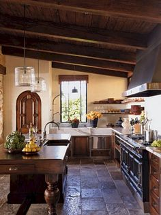 13 Good Rustic Italian Houses Decorating Ideas, Home Decor, 13 Good Rustic Italian Houses Decorating Ideas Rustic Kitchen Cabinets, Rustic Kitchen Design, Interior Design Kitchen, Kitchen Armoire, Italian Interior Design, Rustic Kitchens, Cabin Kitchens, Dark Cabinets, Rustic Italian Decor