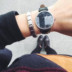 Black and Grey in January - Vogue et Voyage Vogue, All In One App, Daniel Wellington, Bag Accessories, Winter Outfits, Black And Grey, Personal Style, Shoe Bag, Stylish